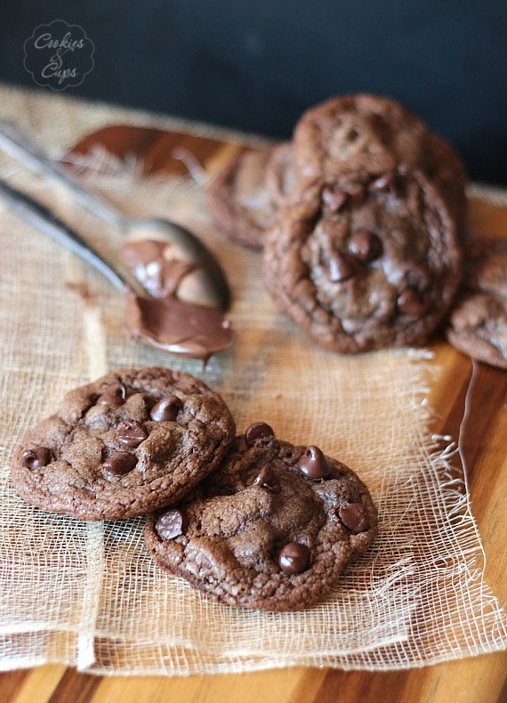 Galletas de chocolate rellenas de Nutella