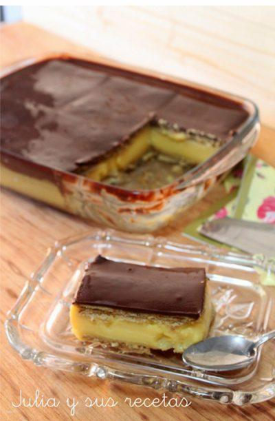 Pastel de galletas, chocolate y flan