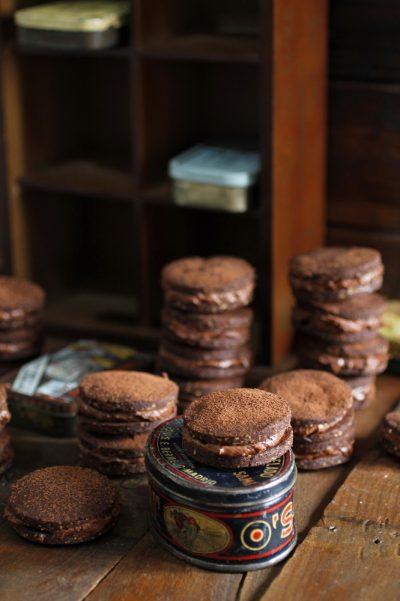 Galletas de chocolate con avellanas